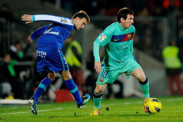 Messi pidió el balón pero nunca pudo penetrar a una defensa aguerrida.