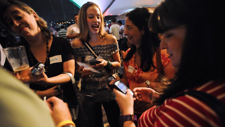 En 2010 los tuiteros caraqueños comenzaron a reunirse una vez por mes en...