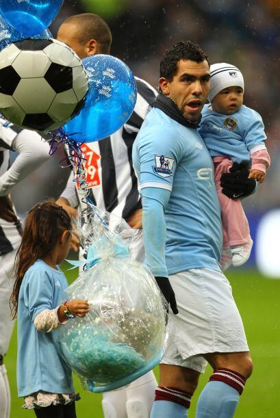 Manchester City jugó ante el West Bromwich. Carlos Tévez estaba de cumpl...