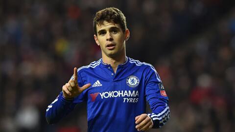 Oscar asegura que ama al Chelsea y desea seguir mucho tiempo