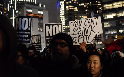 Trump reactiva los oleoductos, y con ellos, vuelven las protestas