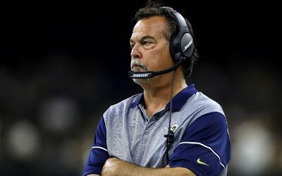 Los Rams de Los Ángeles despiden al entrenador Jeff Fisher tras derrota...