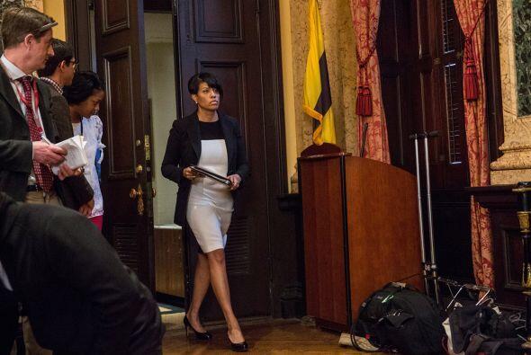 La alcaldesa de Baltimore, la también afroamericana Stephanie Rawlings-B...