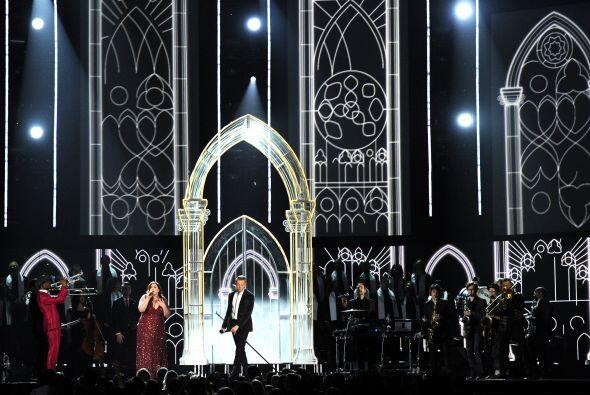 Lo que nunca había ocurrido en los premios Grammy sorprendió a todos en...