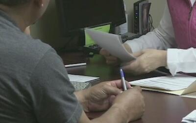 Expertos advierten sobre fraudes y estafas al momento de pedir asilo