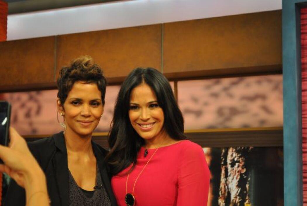 Karla Martínez no sólo tuvo oportunidad de entrevistarla, sino de concin...