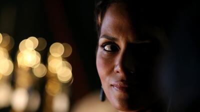 La actriz cree que es de gran ayuda hablar de sus problemas con alguien...