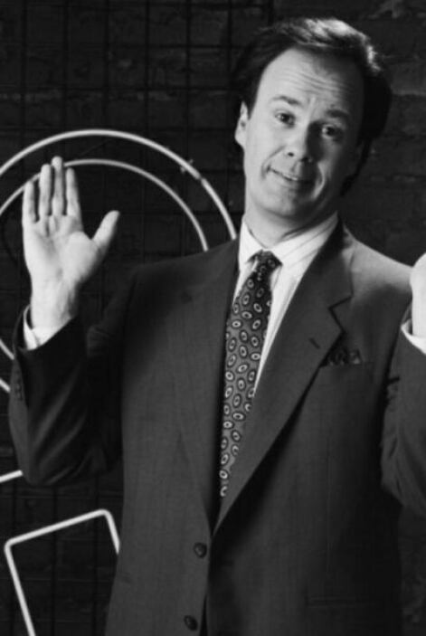 """¡Cómo olvidar al único """"adulto"""" en el show! Dennis Haskins era el direct..."""