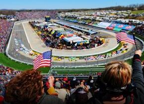 NASCAR tambié expreso su desacuerdo con el Gobierno del Estado de Indiana.