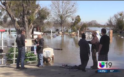 Casas móviles inundadas en Crows Landing