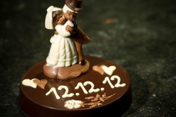 Incluso un pastel pequeño, si optaste por hacer una boda muy &iac...