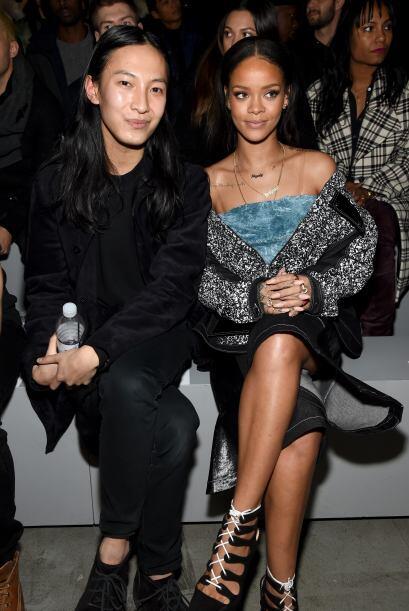 Pero qué carita Rihanna, seguro te la pasaste intercambiando ideas con A...