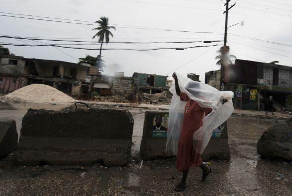 Algunos temen que la tormenta empeore la epidemia de cólera en Ha...