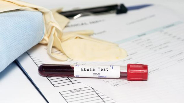 Autoridades sanitarias calculan que 10 de las personas que estuvieron en...