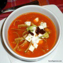 Sopa azteca tropical: Harry Pagancoss da su versión de la sopa azteca: E...