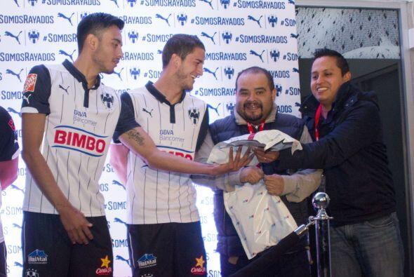 Monterrey presentó su tercer uniforme para el Clausura 2015. La v...