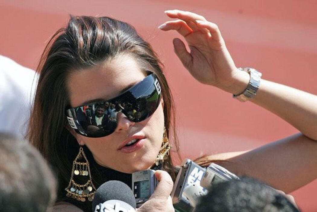 12.- La ex Miss Universo, Alicia Machado fue vinculada con el narcotrafi...