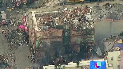 Al menos 7 muertos tras explosión de dos edificios en East Harlem, NYC