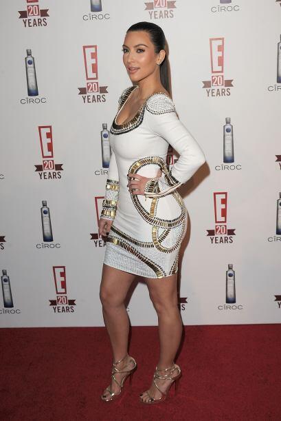 Así que ha quedada descartada la idea de que Kim usa implantes, por lo q...