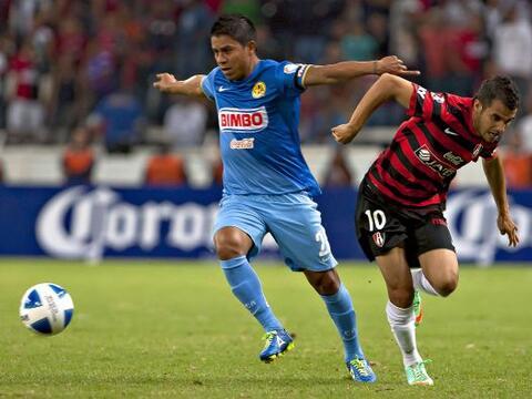 Atlas y América se enfrentaron en la cancha del Estadio Jalisco en uno d...