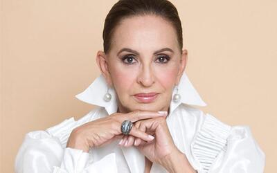 Susana Duijm, la primera venezolana en coronarse Miss Mundo