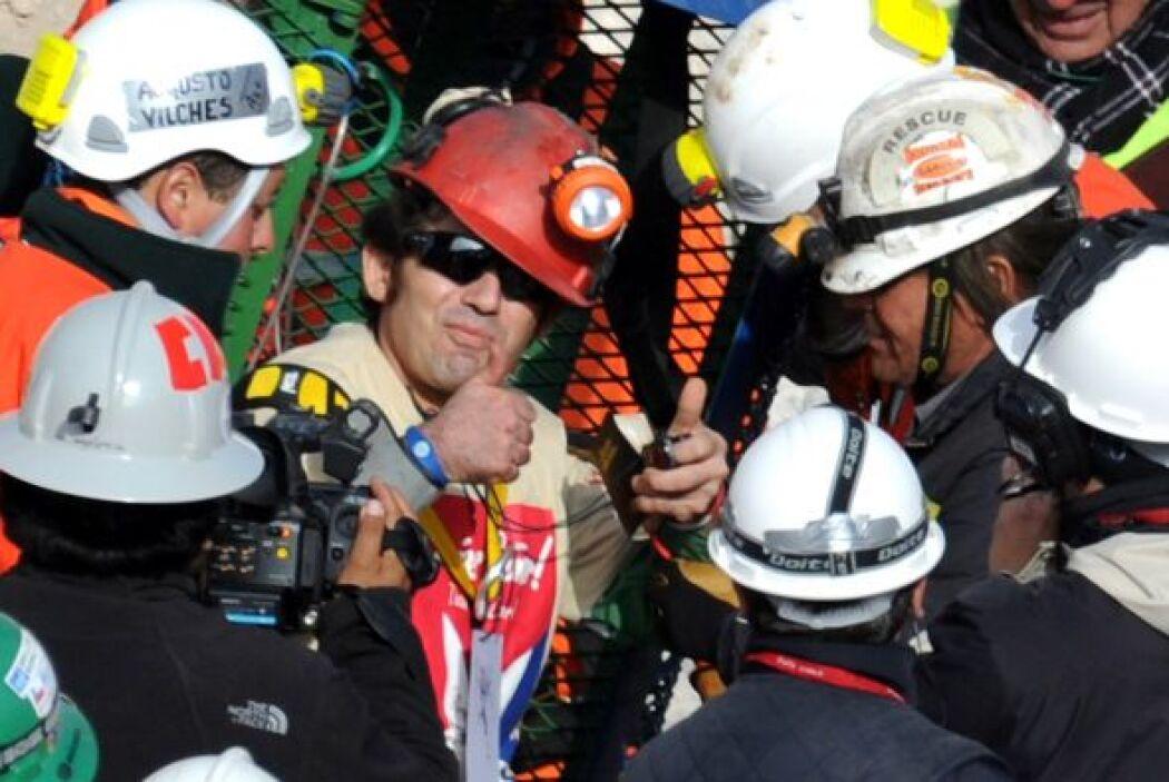 Alex Vega fue el décimo en salir. Su padre, José Vega intentó ser resca...