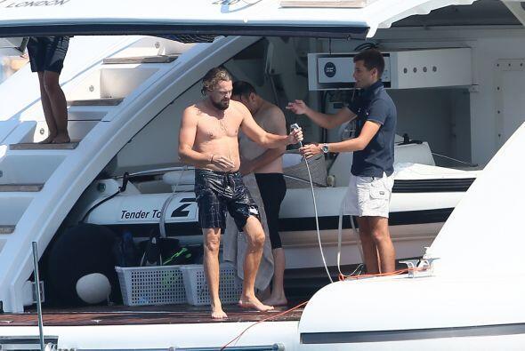 El verdadero secreto de la felicidad de DiCaprio está en la parte media...