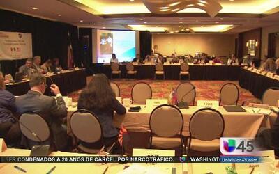 Culmina reunión de maestros en la frontera