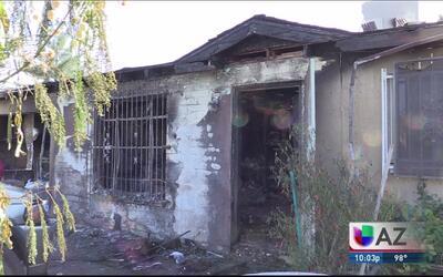 Incendio deja sin hogar a familia hispana