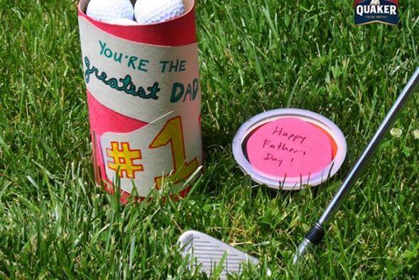 ¡Qué mejor regalo para un padre amante del golf que una caja de pelotas...