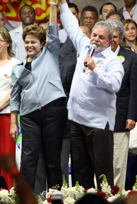 Dilma Rousseff, es la candidata del oficialista, Partido de los Trabajad...