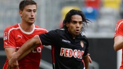 Ni el gol del colombiano Falcao evitó la derrota del Mónaco.
