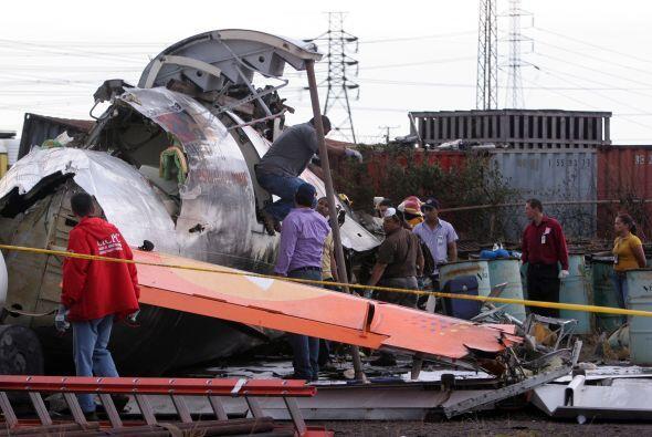 Las autoridades informaron que hay 15 muertos y 36 sobrevivientes.