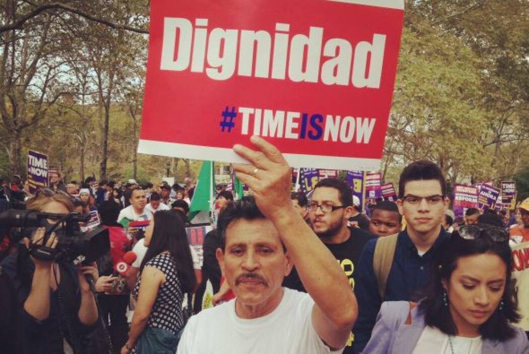 Los inmigrantes le piden al congreso una reforma migratoria comprensiva...