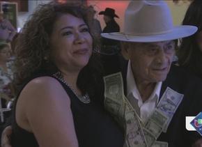 Hombre de San Antonio festeja su cumpleaños 100