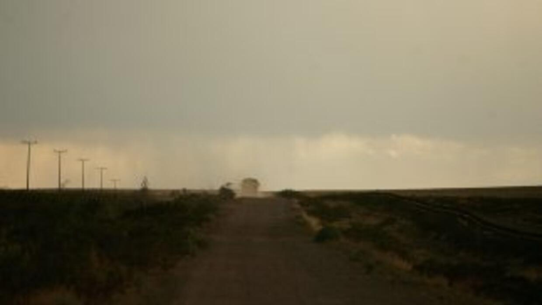 La patrulla fronteriza encontró a 13 indocumentados que viajaban ocultos...