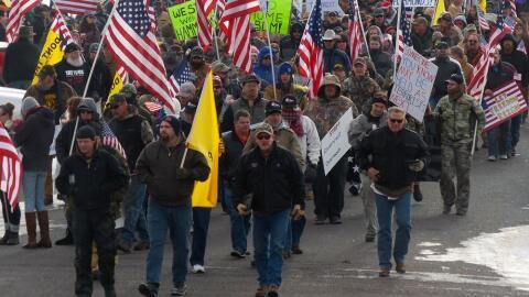 Milicia de Oregon rompe una valla federal y aviva el conflicto oregon.jpg