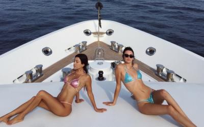 Khloe Kardashian y Kendall Jenner