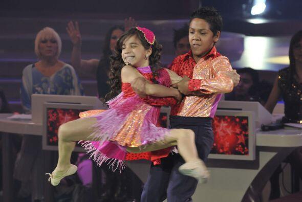 Los Súper Poderosos impactaron al jurado con su baile.