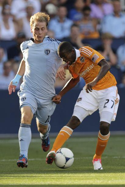 Boniek jugó su segundo partido como jugador franquicia del Dynamo.