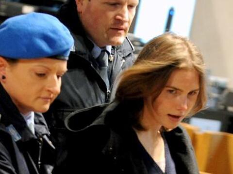 Un nuevo juicio contra Amanda Knox por la muerte de su compañera...