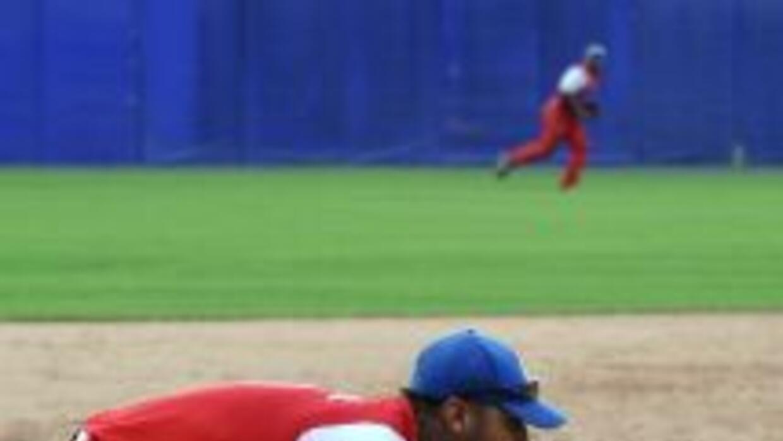 Yulieski Gourriel remolcó una carrera en la victoria de Cuba sobre Domin...