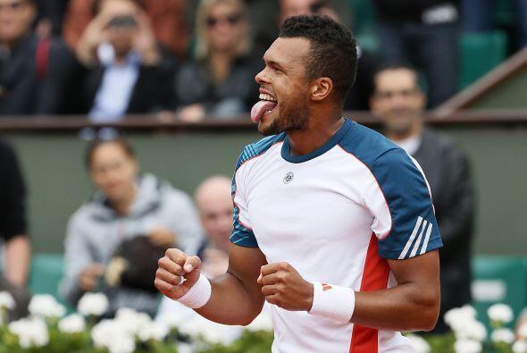 Francia contenta por que su favorito Jo-Wilfried Tsonga logró su...