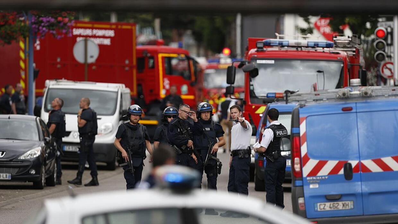 Máxima alerta por toma de rehenes en una iglesia de Normandía, en Francia