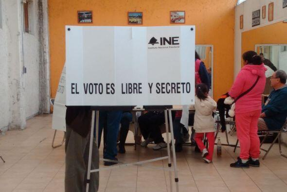 En algunas casillas electorales del DF se veía a poca gente.
