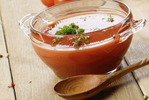 Gazpacho, no podíamos olvidar esta rica sopa fría para disfrutar en la é...