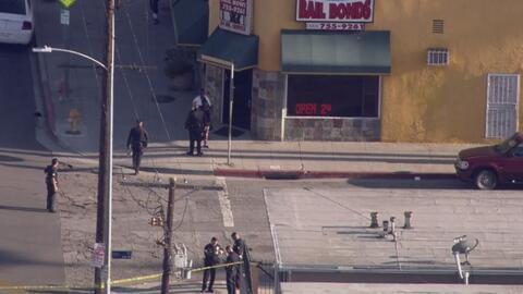 Adolescente resultó gravemente herido de bala frente a la estación de po...