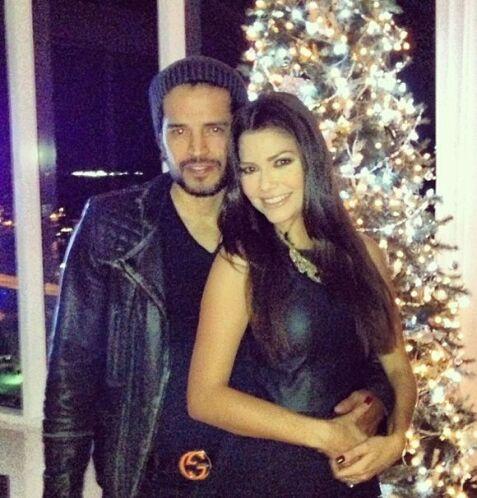 """""""¡A disfrutar el VIERNES!"""", dijo Ana. (Diciembre 6, 2013)"""