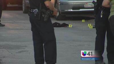 Investigan muerte de una mujer en fuego cruzado