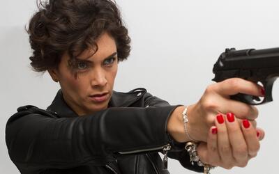 María de la Fuente es la intrépida teniente 'Mónica Ortega' en 'La Piloto'
